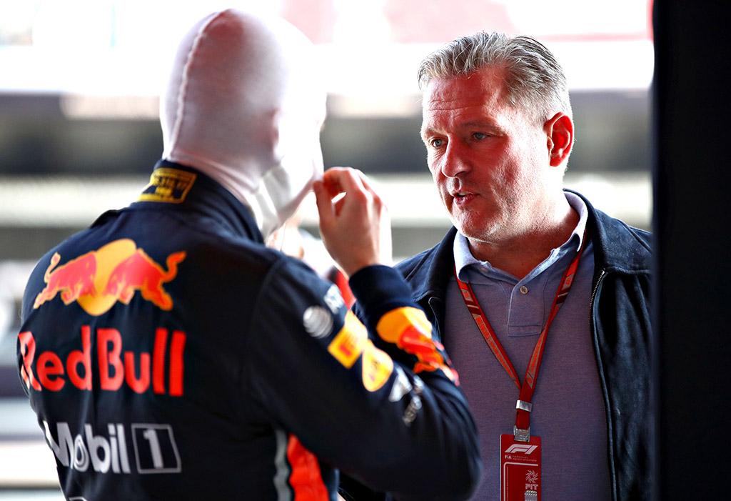 """J. Verstappenas: nėra įrodymų, kad """"Ferrari"""" sukčiavo"""