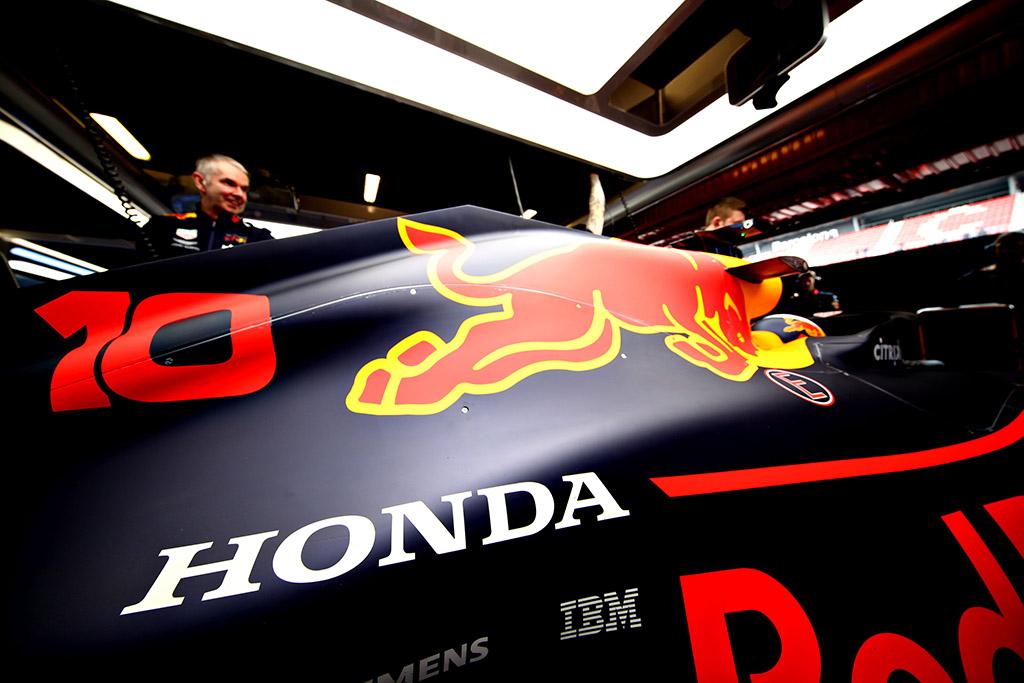 """P. Gasly: """"Honda"""" turėtų nusitaikyti į """"Mercedes"""""""