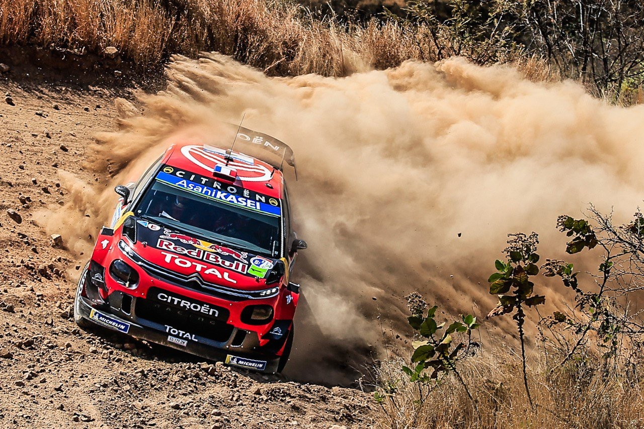 """WRC. Nesusitarusi su S. Ogier """"Citreon"""" traukiasi iš WRC"""