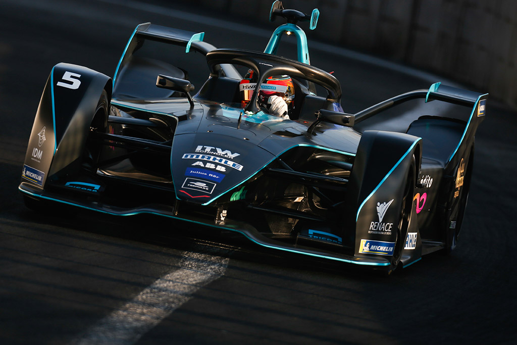 """T. Wolffas: """"Formulė-E"""" turi reaguoti į """"Audi"""" ir BMW sprendimus trauktis"""