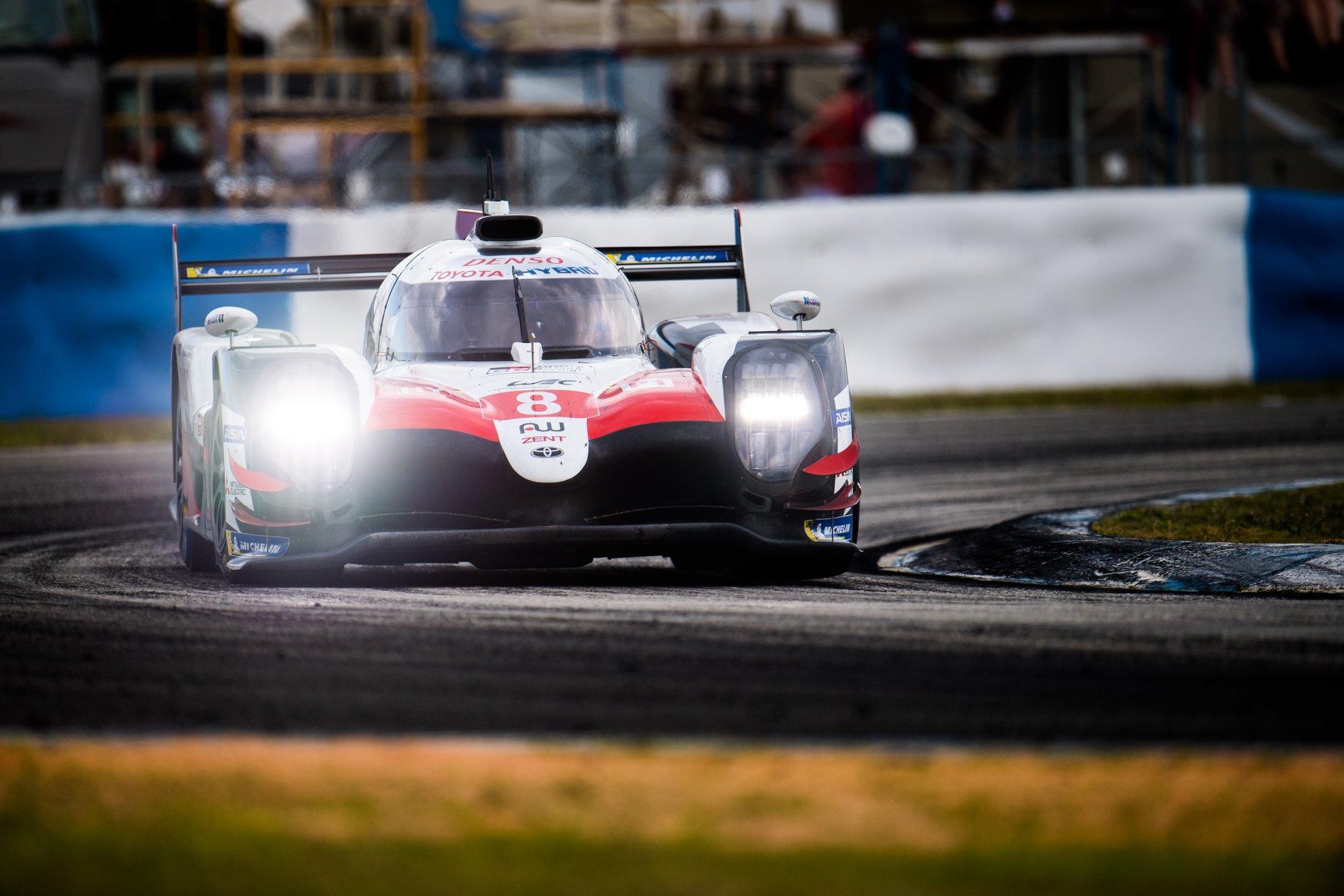 "WEC. ""Toyota"" dominavo Sebringe vykusiose lenktynėse"