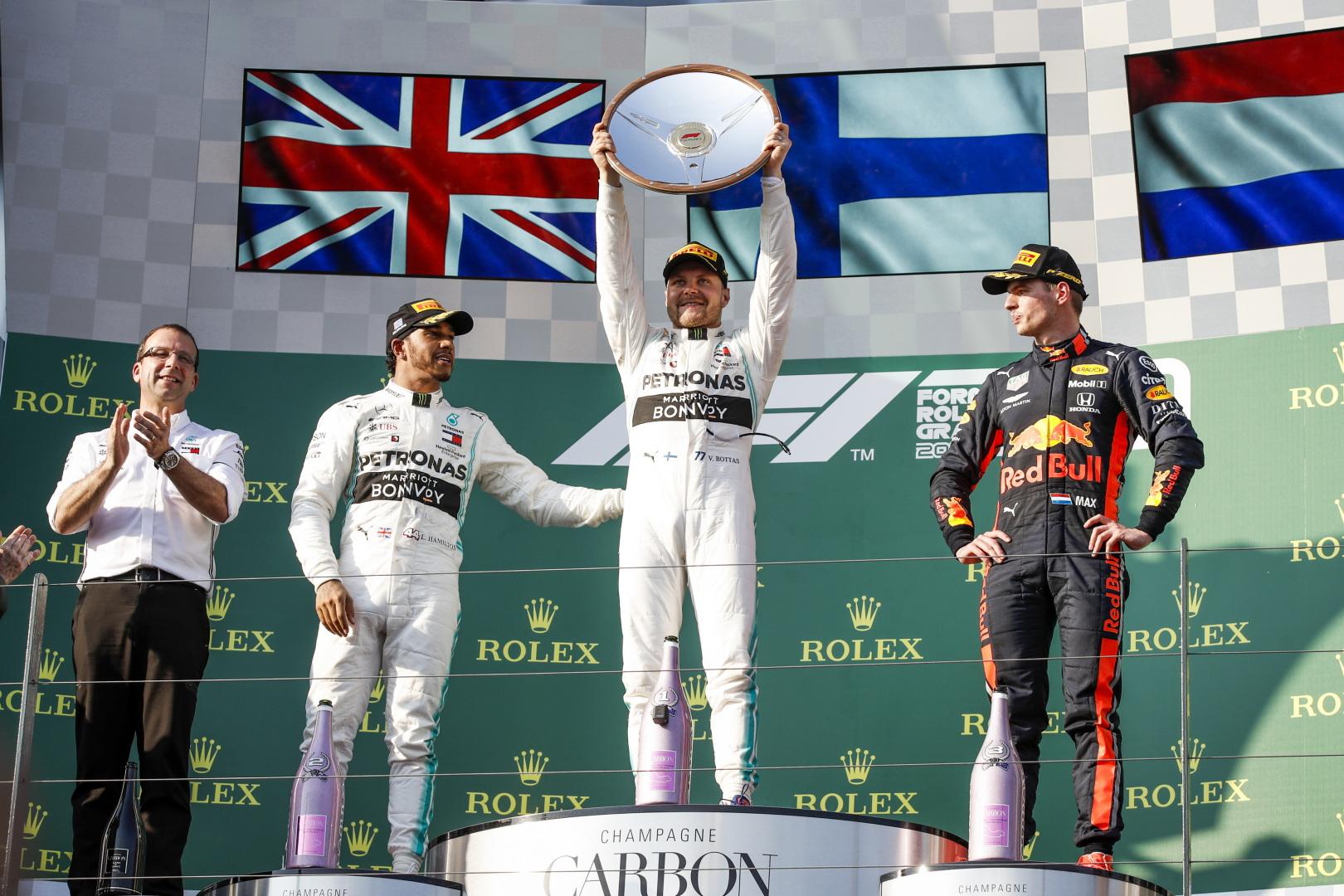 Pirmose sezono lenktynėse - V. Botto triumfas