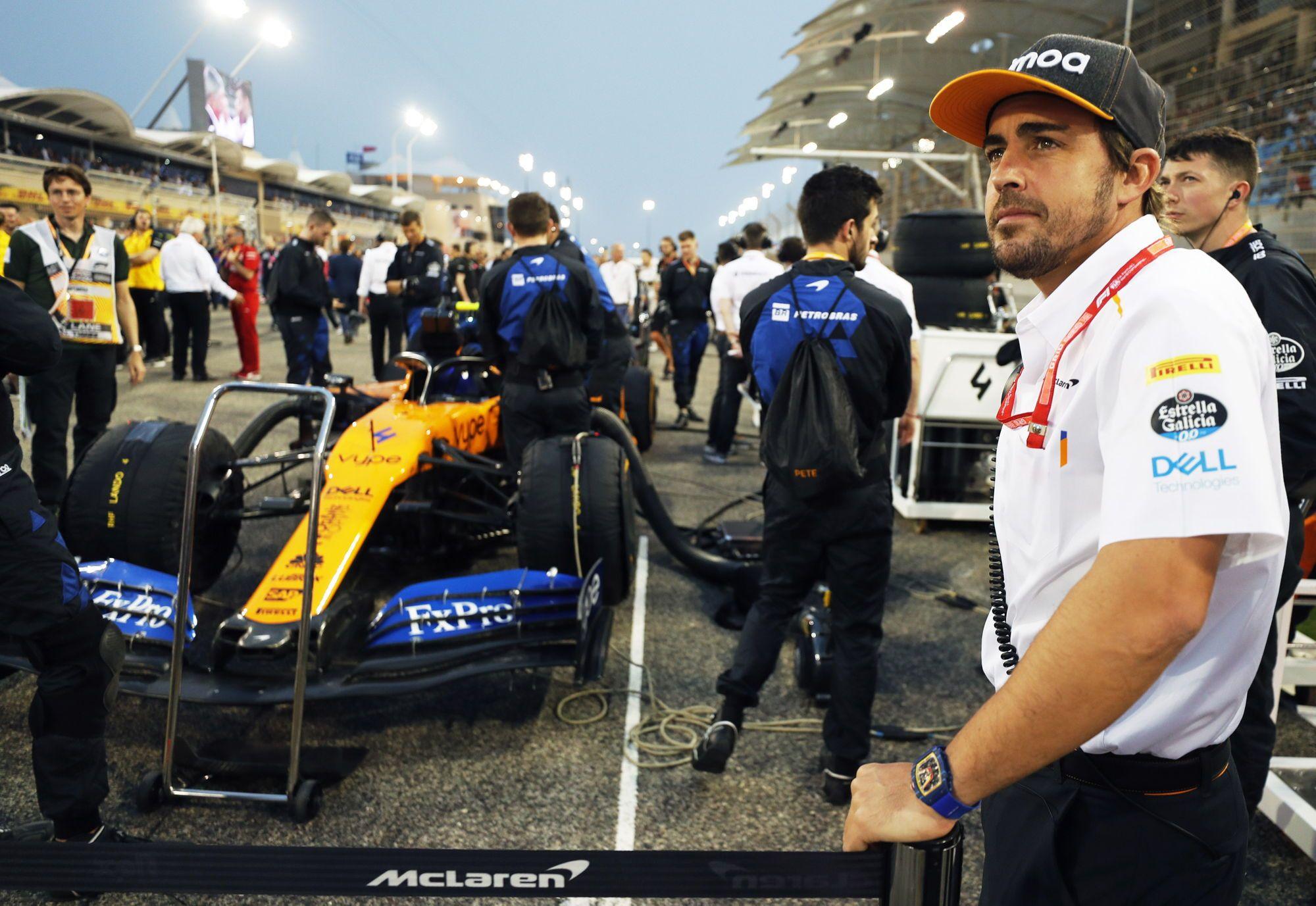A. Hamiltonas ragina sugrįžti F. Alonso į F-1