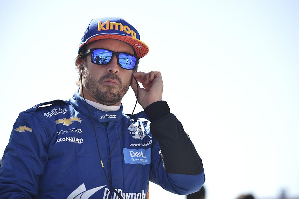 """Liberty Media"" kreipėsi į ""Red Bull"" dėl F. Alonso"