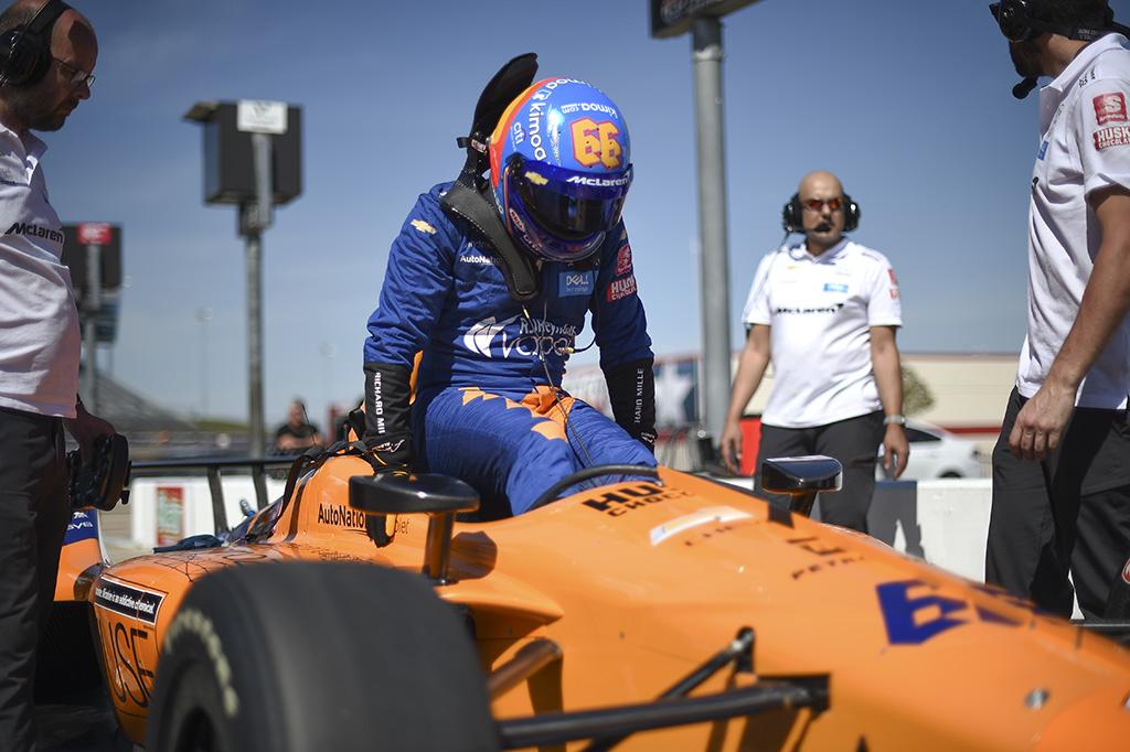 "IndyCar. F. Alonso: prioritetas 2020 m. - ""Indianapolis 500"" lenktynės"