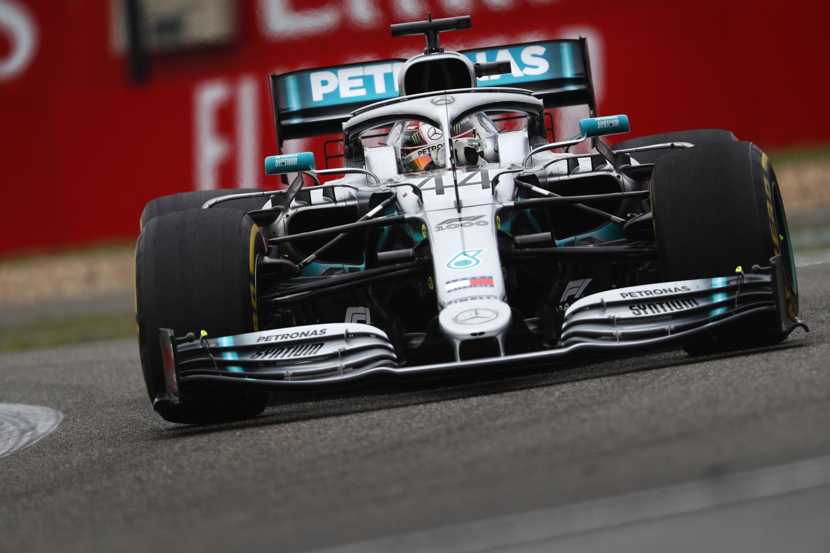 """""""Mercedes"""" titulo kaina - 500 mln. svarų sterlingų"""