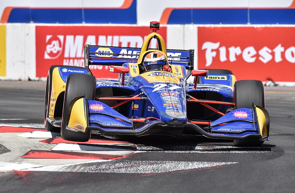 IndyCar. A. Rossi dominavo Long Byče vykusiose lenktynėse