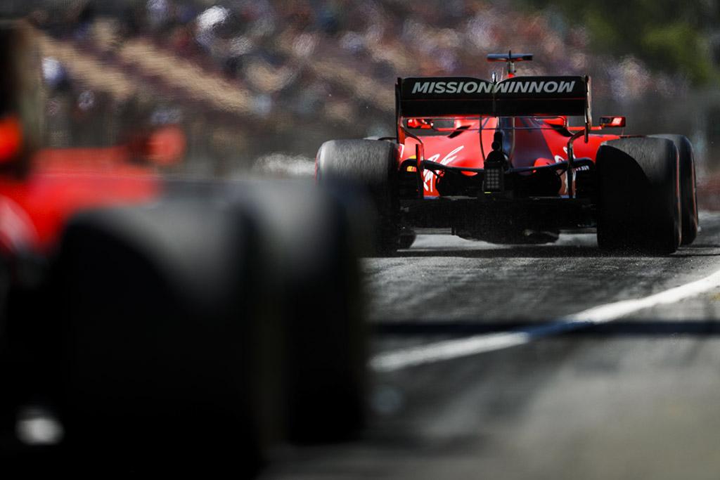 """Netyla Italijos žiniasklaidos kritika """"Ferrari"""" komandai"""