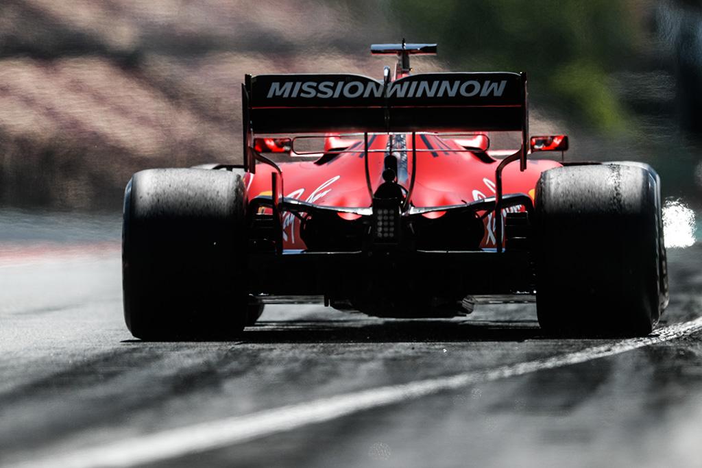 """""""Ferrari"""" gali atsisakyti """"Mission Winnow"""" reklamos likusiuose etapuose"""