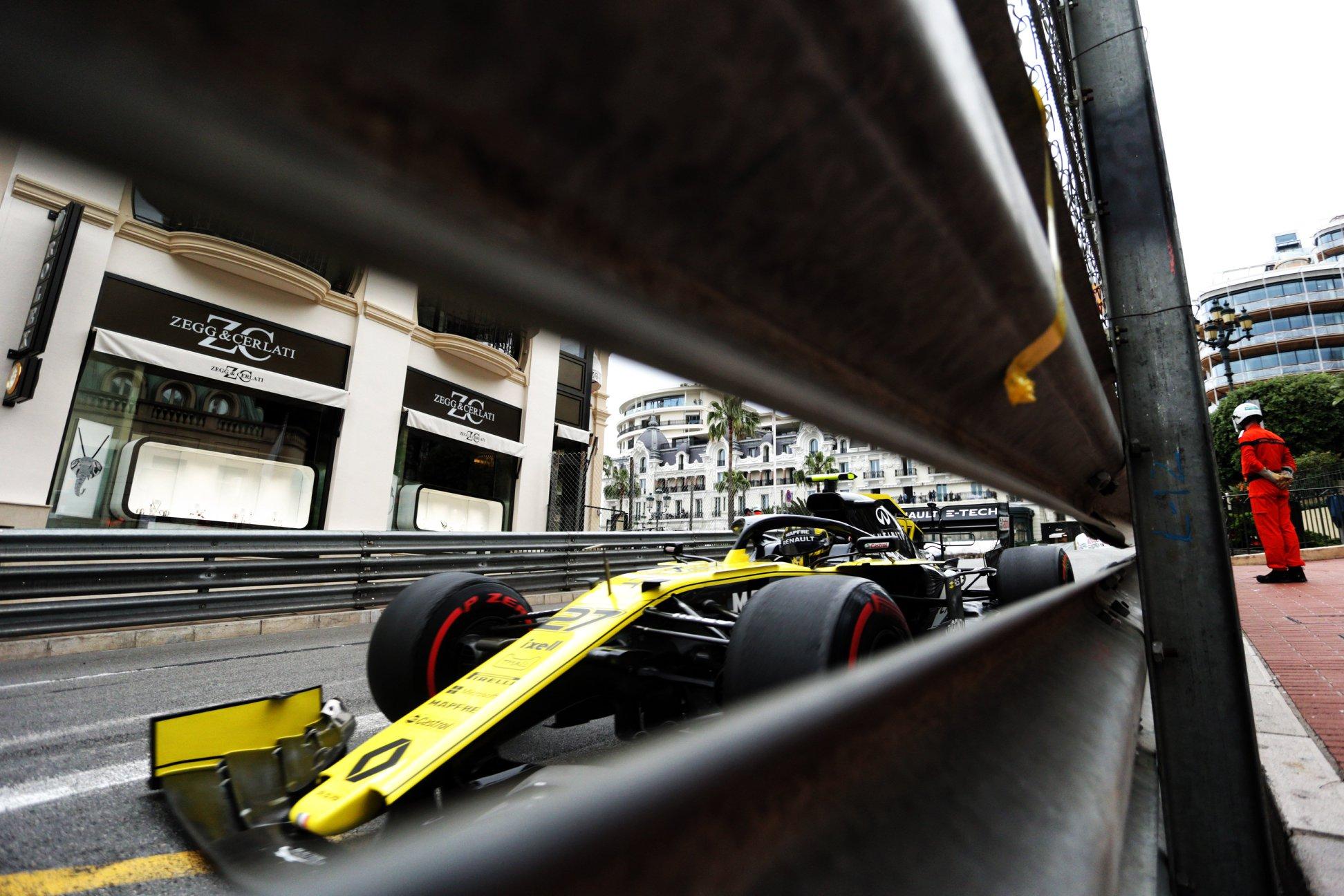 """""""Renault"""" turėjo rimtų konstrukcinių problemų su varikliu"""