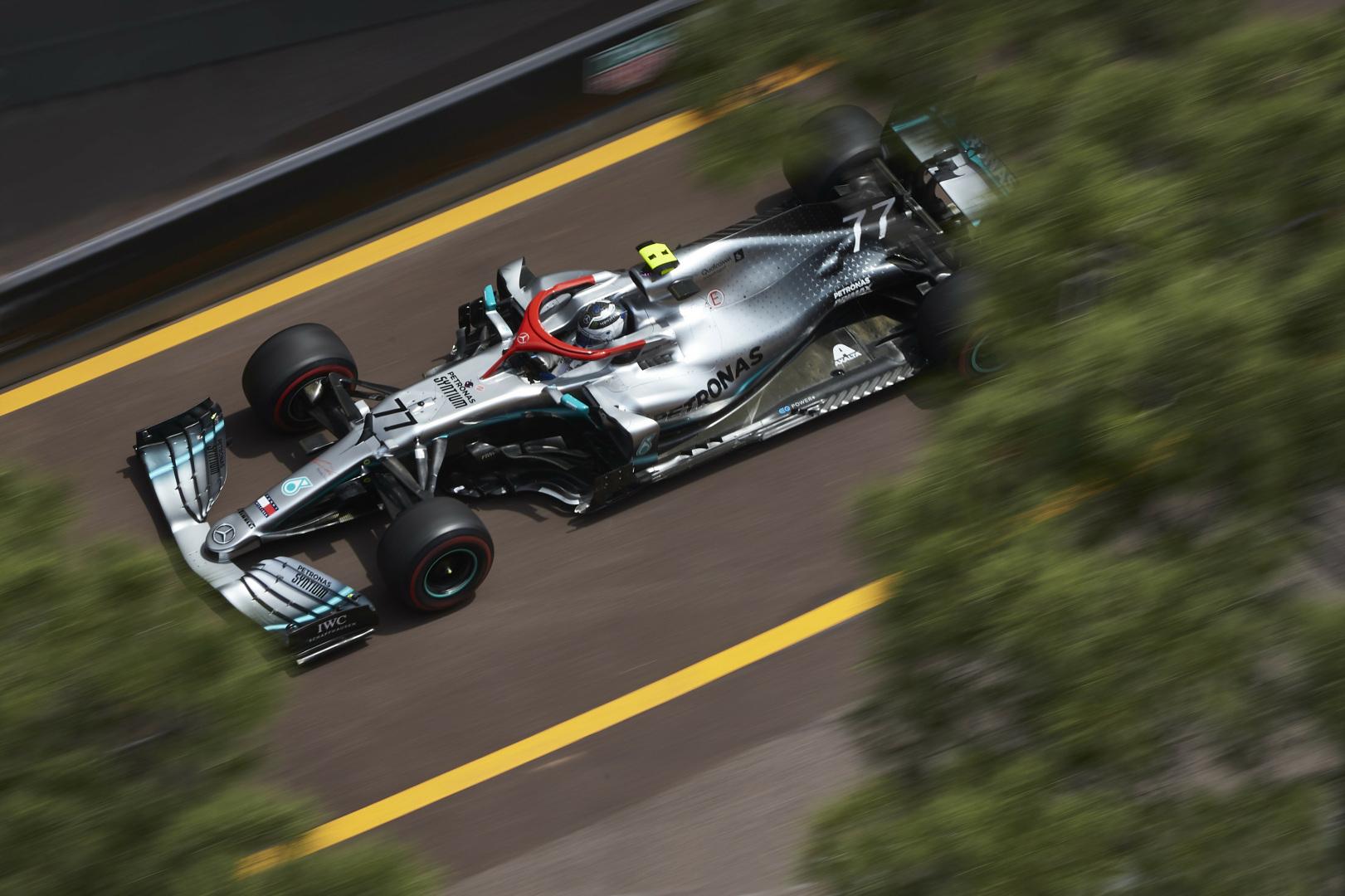 """V. Bottas: tiesiosiose greičiu prilygti """"Ferrari"""" bus sunku"""