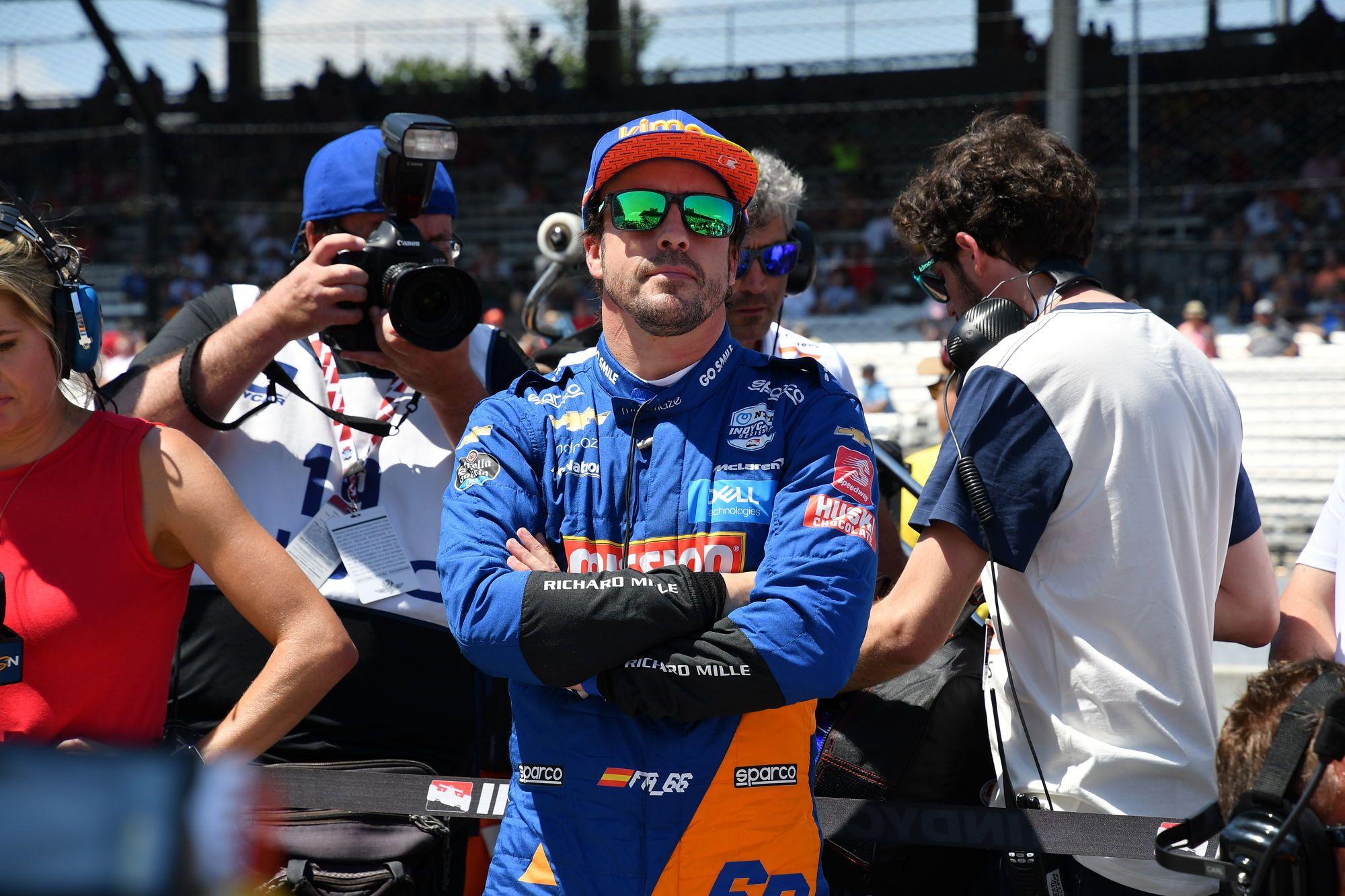 """""""McLaren"""" netrukdys F. Alonso sugrįžti į F-1 ir atstovauti varžovei"""