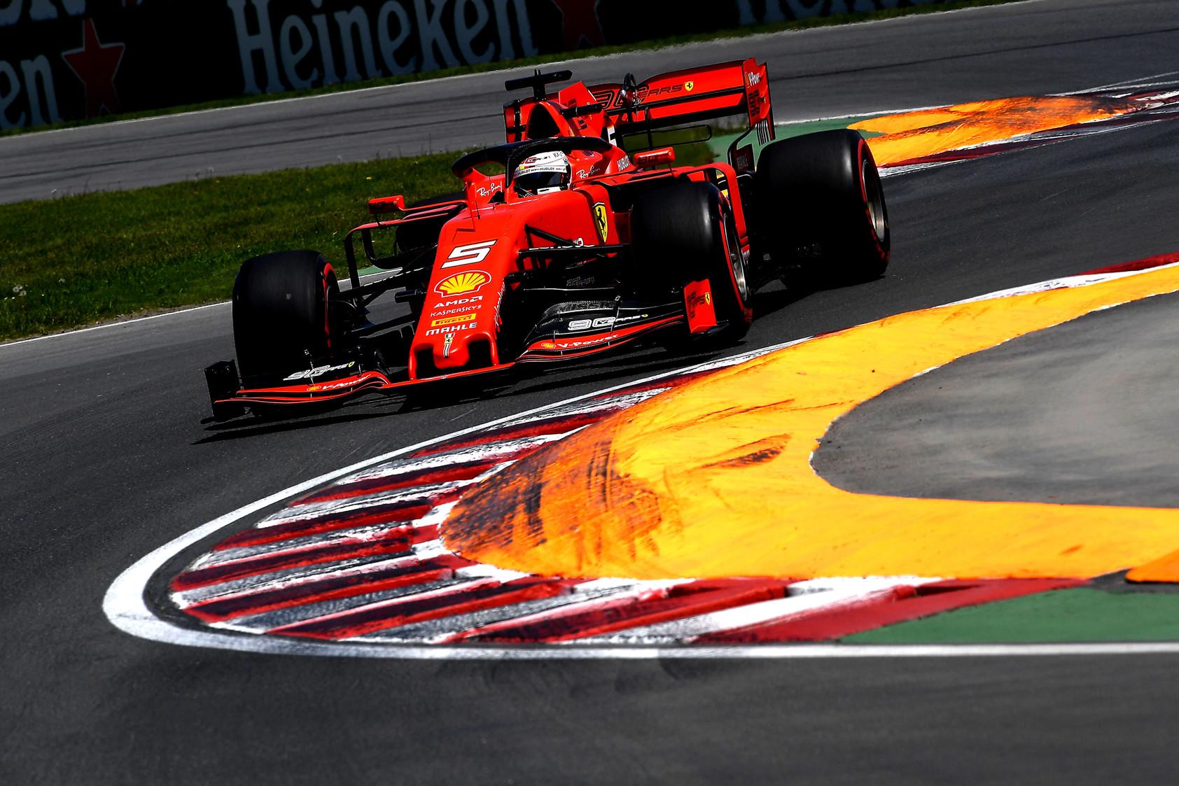 S. Vettelio baudos priežastimi tapo bereikalingas veiksmas vairu