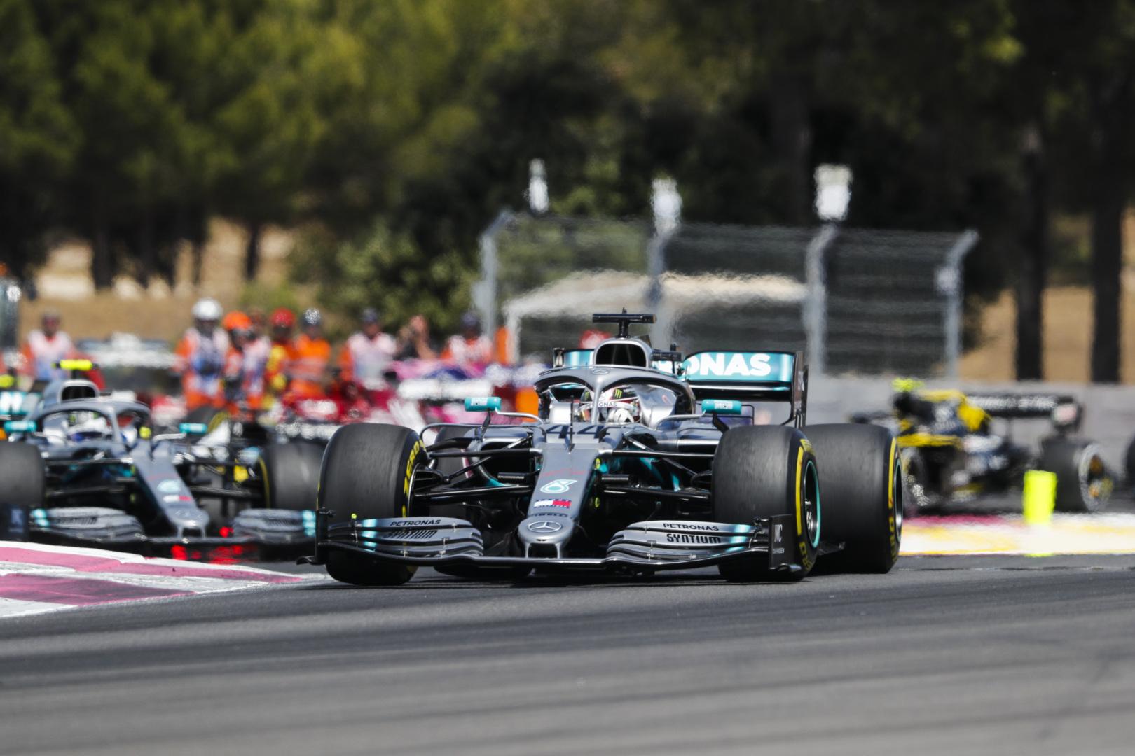 """R. Brawnas: """"Mercedes"""" čempionės titulą gali užsitikrinti Monzoje"""