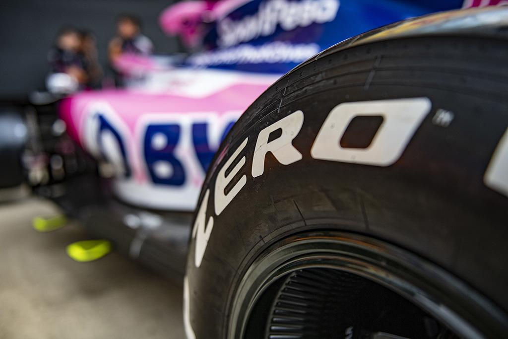 """""""Pirelli"""" laukia pirmųjų sezone lietaus lenktynių"""