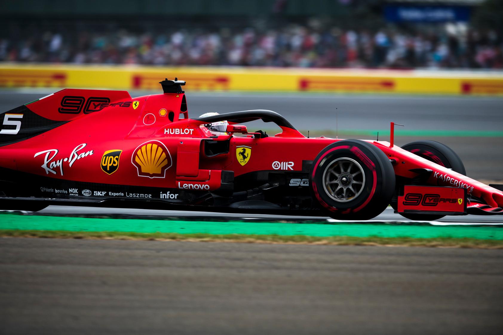 S. Vettelis niekaip negali prisiderinti SF90 bolido