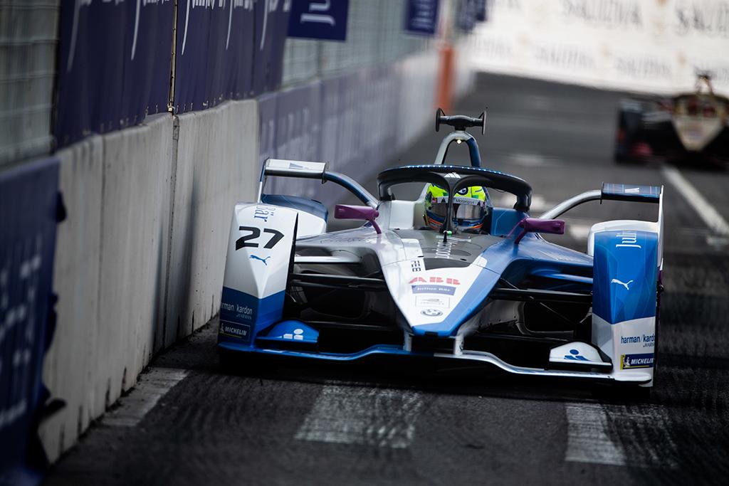 """FE. Paskutines sezono lenktynes iš """"pole"""" pozicijos pradės A. Simsas"""