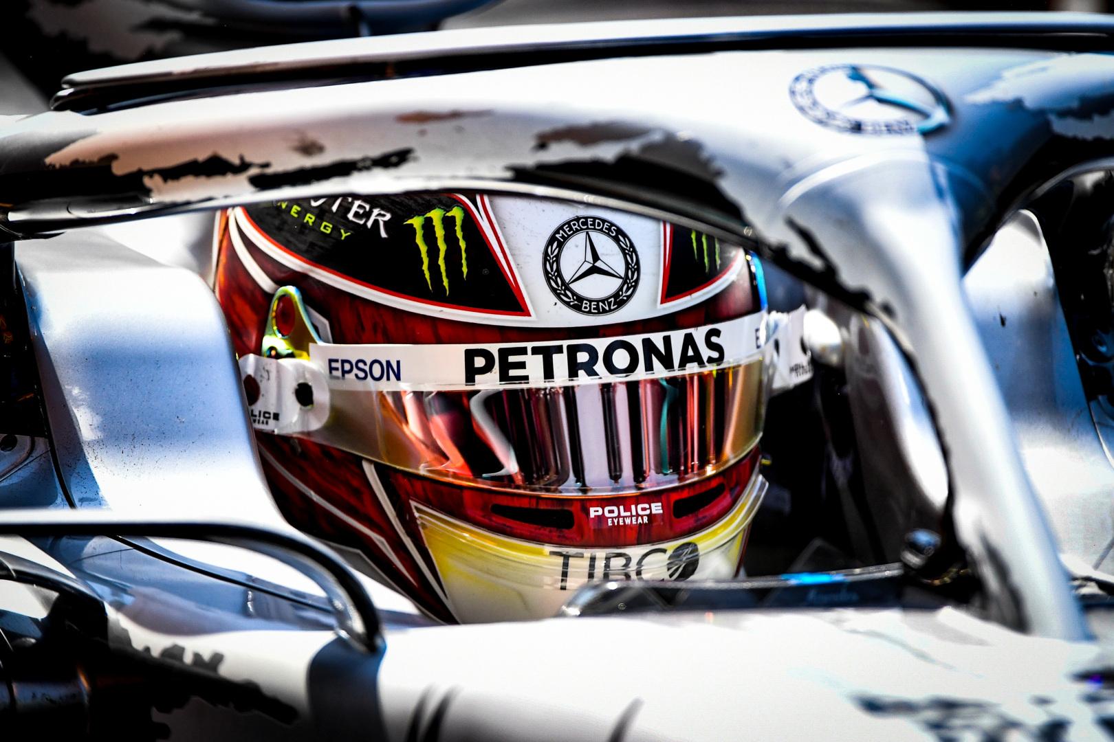 """Mercedes"" buvo pasirengusi L. Hamiltoną pakeisti E. Oconu"