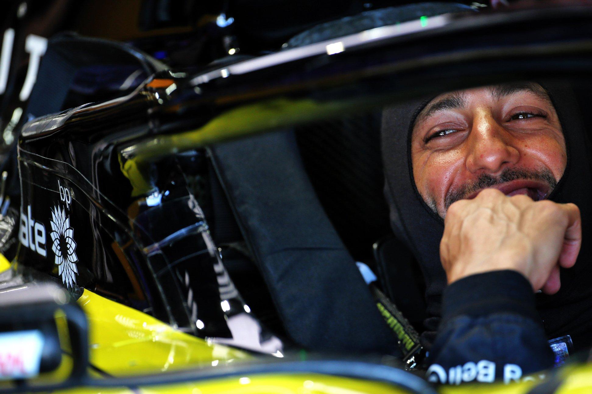 "D. Ricciardo kalbėjosi su ""Ferrari"" atstovais"