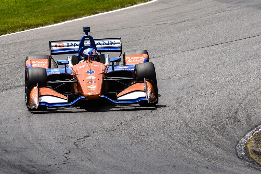 IndyCar. Mid-Ohajaus trasos paskutiniuose metruose pergalę iškovojo S. Dixonas