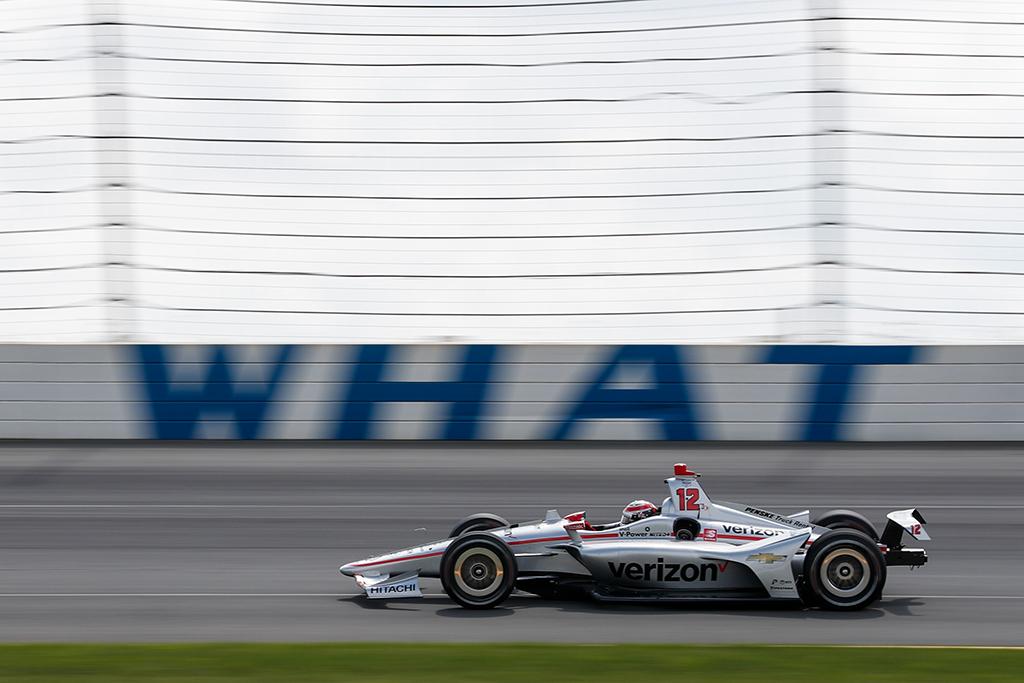 IndyCar. W. Poweris nugalėjo anksčiau laiko Pocone pasibaigusiose lenktynėse