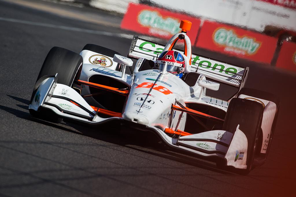 "IndyCar. Portlande - antroji C. Hertos ""pole"""