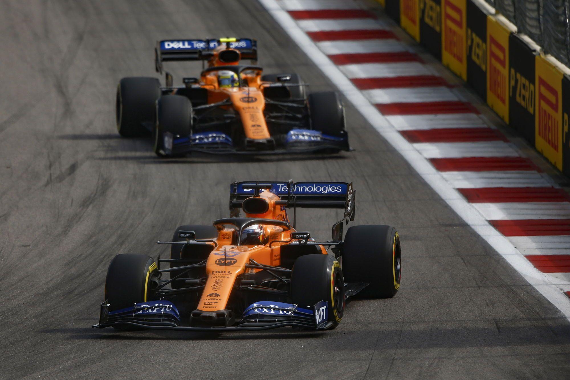"""C. Abiteboulas: variklių tiekimas """"McLaren"""" mums nieko nedavė"""