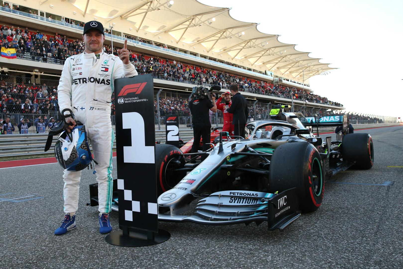 """V. Bottas pripažino, kad buvo praradęs meilę """"Formulei-1"""""""