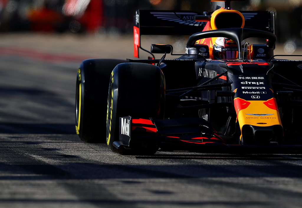 """M. Verstappenas apie """"Ferrari"""" formą: taip nutinka kai nustoji sukčiauti"""