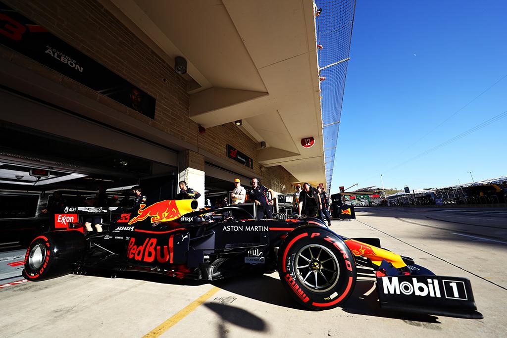 """C. Horneris: kitų metų sezonas bus brangiausias """"Formulėje-1"""""""
