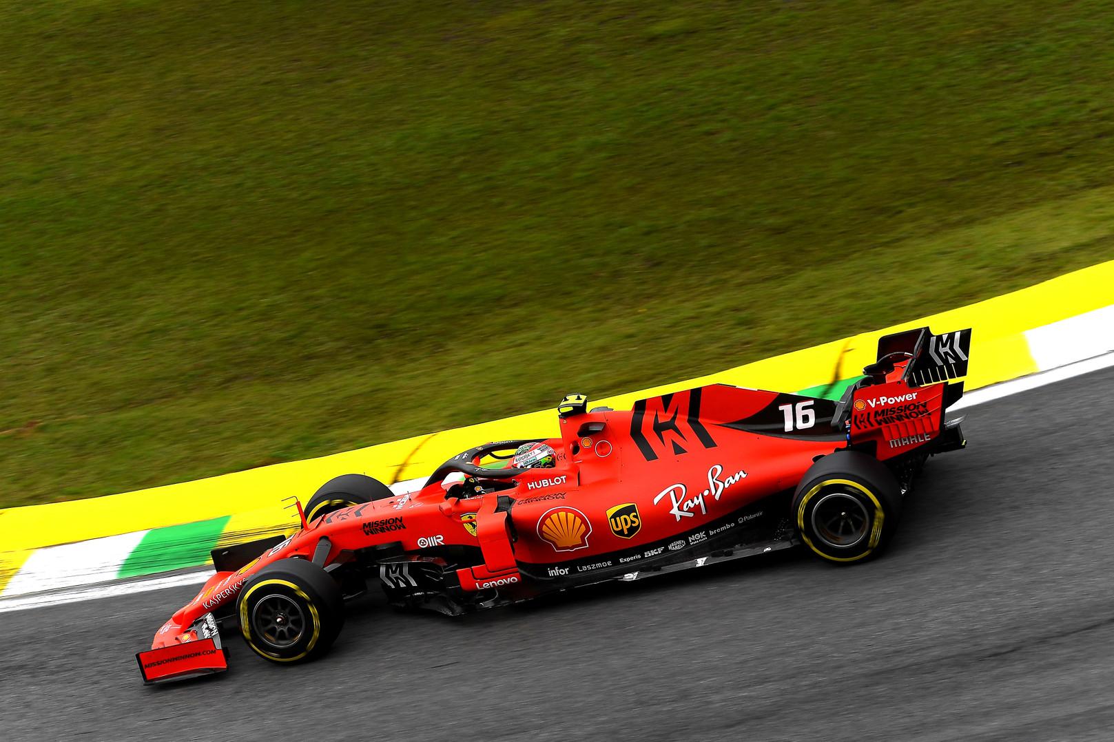 C. Leclercas dėl prastos kvalifikacijos kaltino save