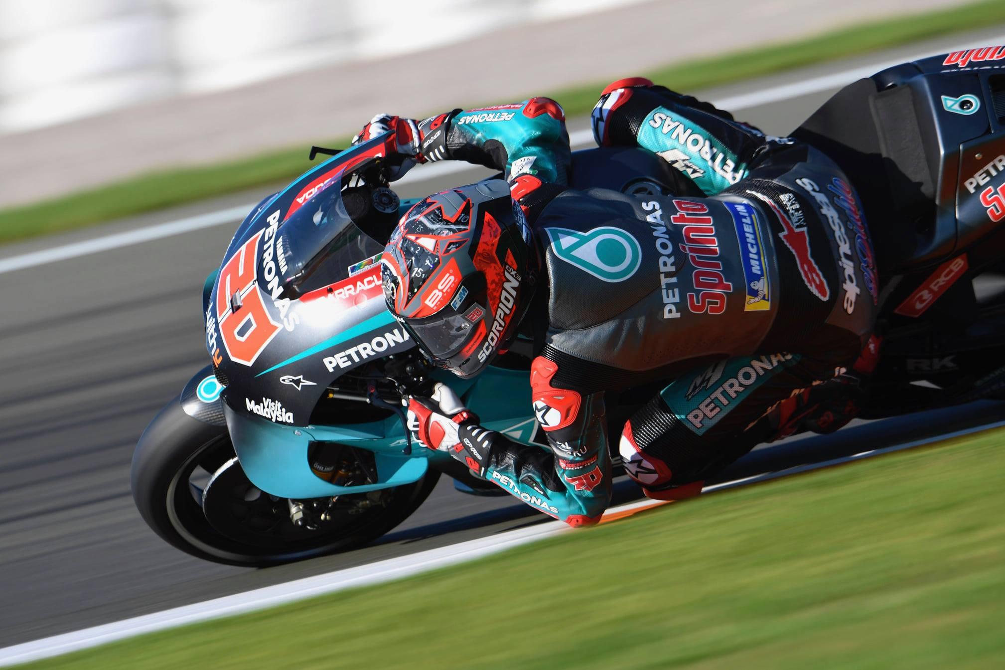 """MotoGP. Varžovą aplenkęs 0,032 sek., F. Quartararo Valensijoje iškovojo šeštąją """"pole"""""""