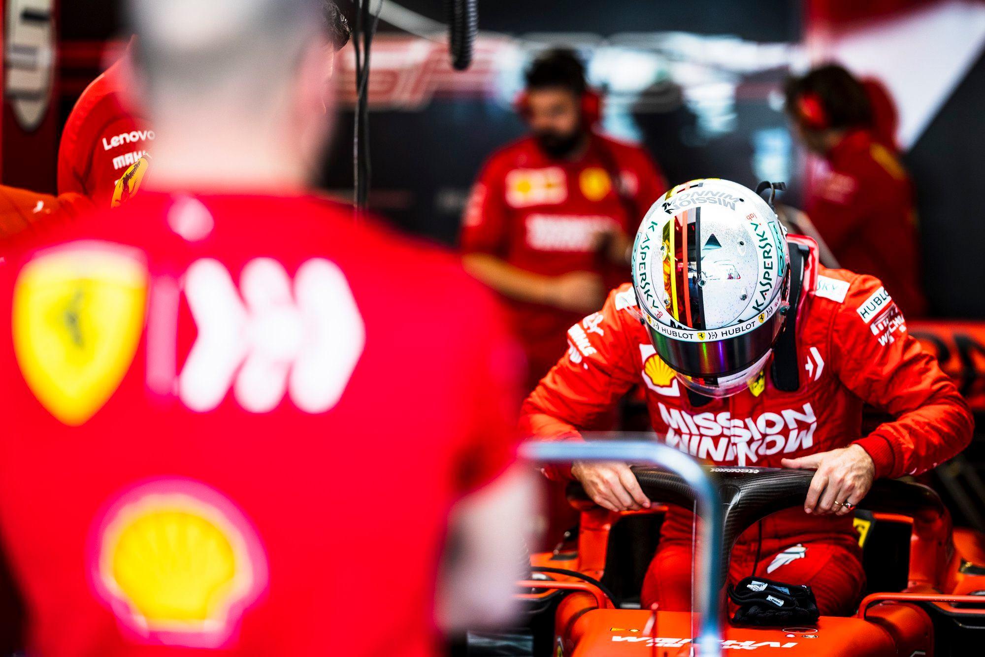 """S. Vettelis yra pasirengęs lenktyniauti tik """"Mercedes"""""""