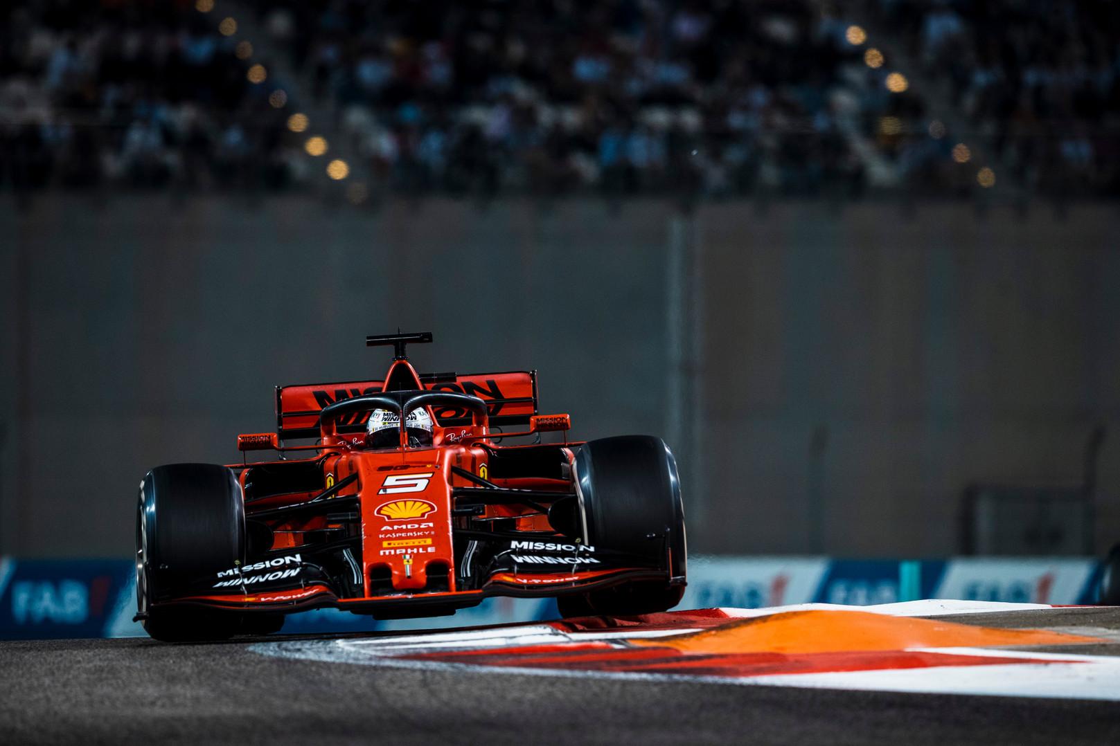 """L. Turini įvertino S. Vettelio išsiskyrimą su """"Ferrari"""""""