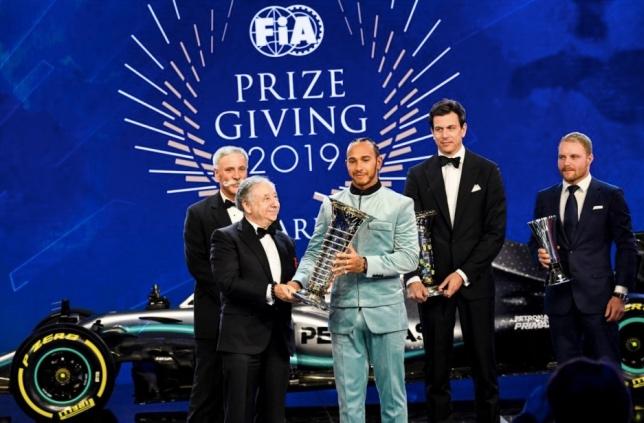 Paryžiuje surengta FIA apdovanojimų ceremonija