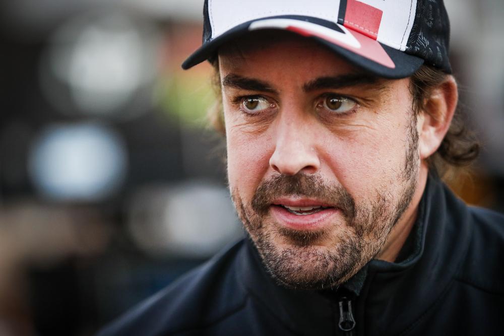 """F. Alonso tikisi """"Renault"""" pažangos 2022 metais"""