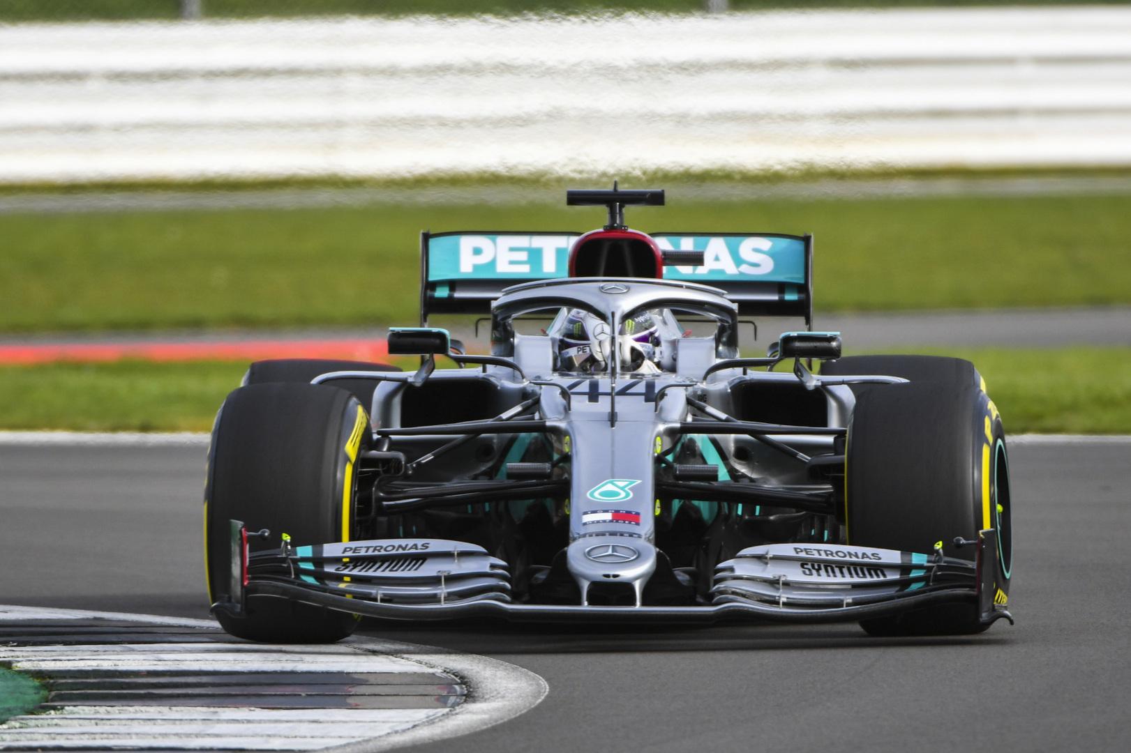 L. Hamiltonas: M. Verstappeno komentarai - silpnybės ženklas