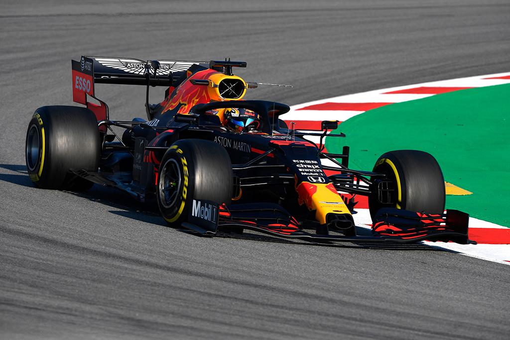 """A. Albonas liko patenkintas naujuoju """"Red Bull"""" bolidu"""
