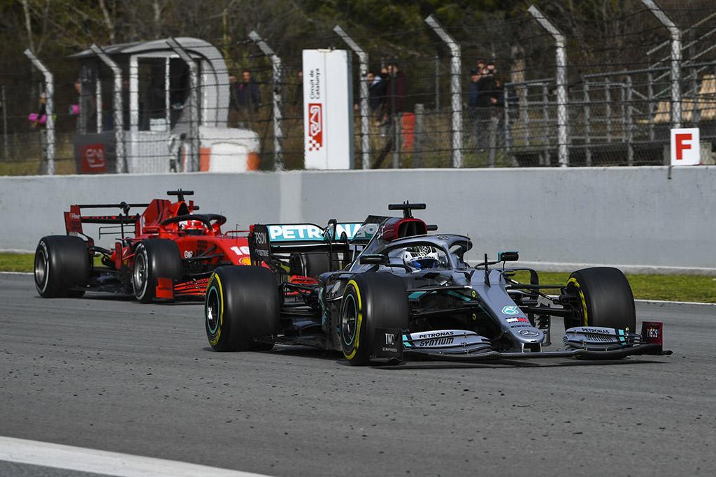 """""""Mercedes"""" nepritaria lenktynių savaitgalio formato keitimui"""