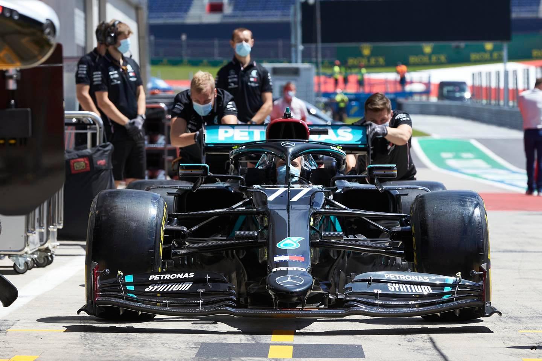 """""""Red Bull"""" pateikė protestą dėl """"Mercedes"""" naudojamos DAS"""