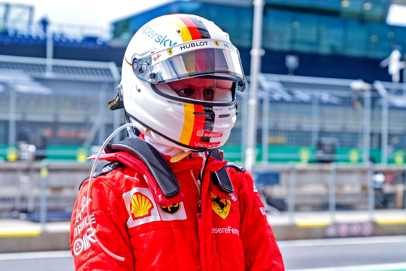 S. Vettelis abejoja M. Binotto versija dėl nepratęstos sutarties