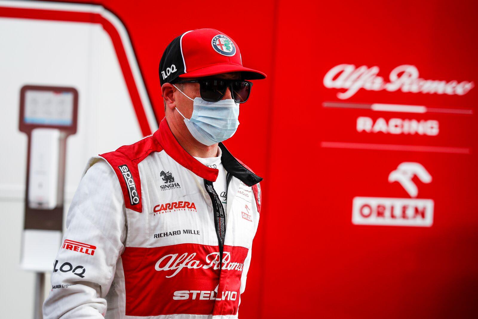 """K. Raikkonenas: """"Ferrari"""" abiem pilotams suteikia vienodas sąlygas"""