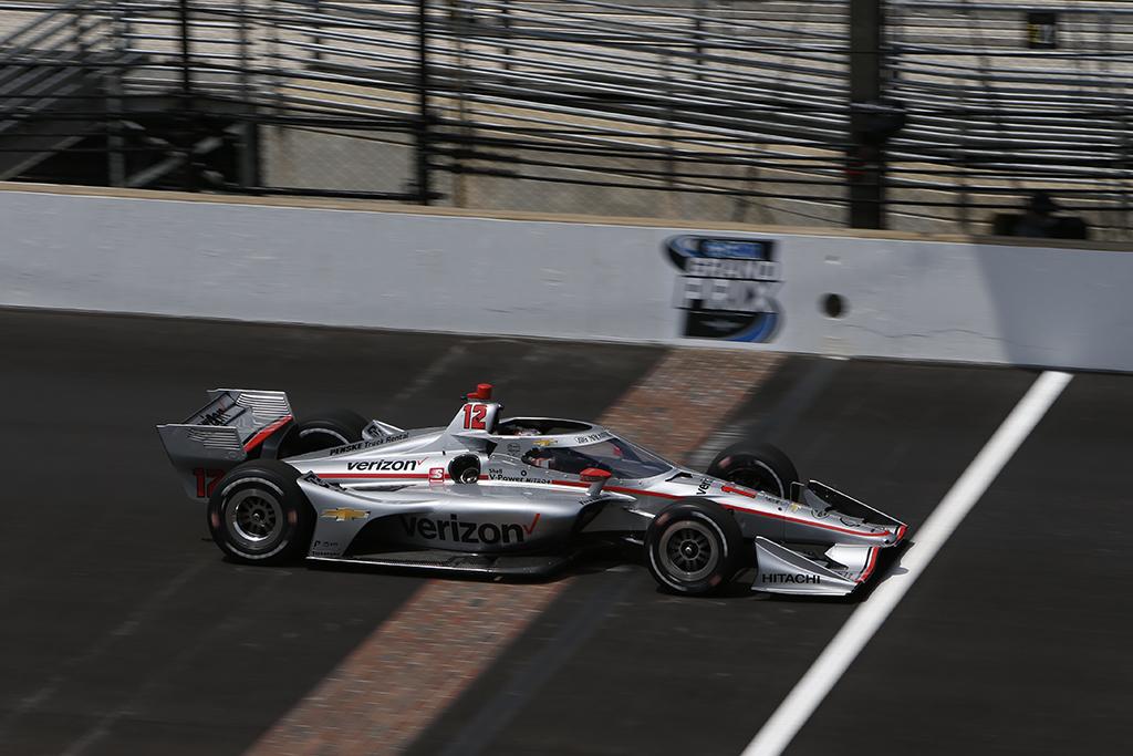 """IndyCar. Indianapolyje - 58-oji W. Powerio """"pole"""""""