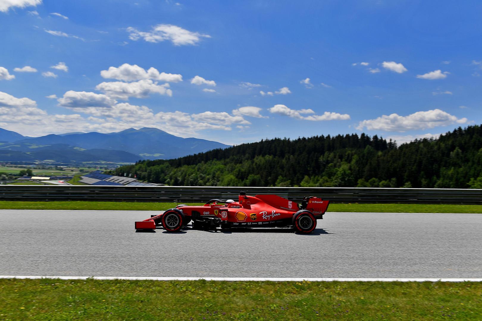 """M. Webberis: S. Vettelio ir """"Ferrari"""" sąjunga galutinai subyrėjo"""