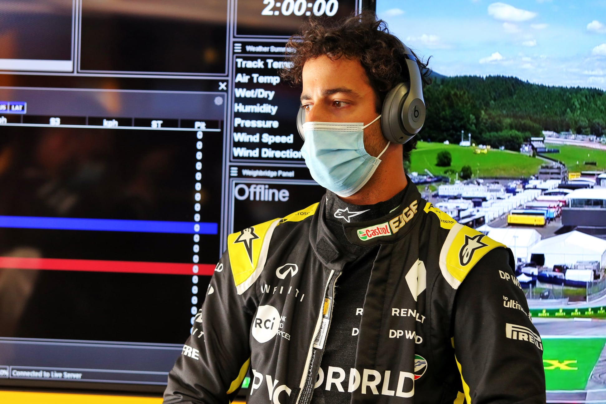 D. Ricciardo avarijos metu išvengė rimtesnių traumų
