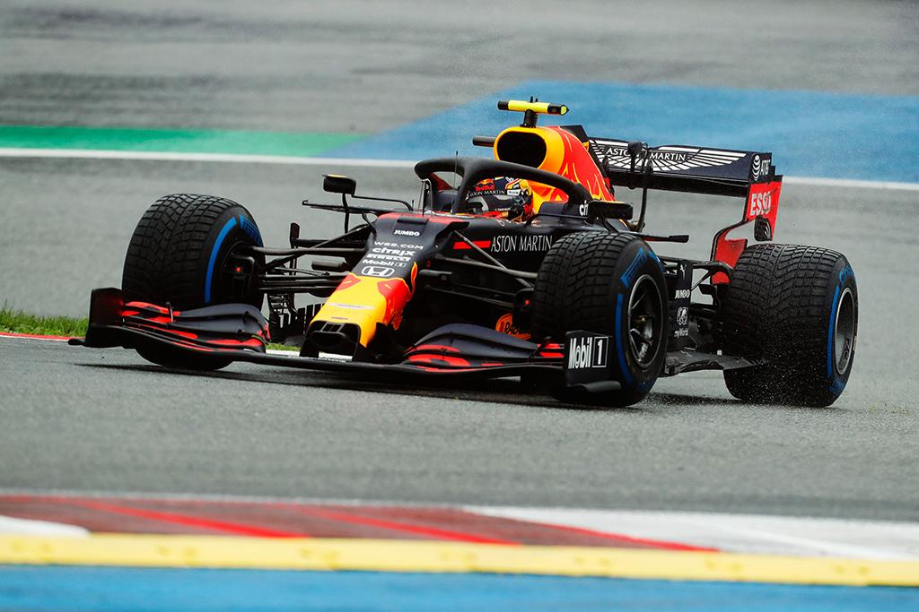 """R. Schumacheris: """"Red Bull"""" reikia antro greito lenktynininko"""