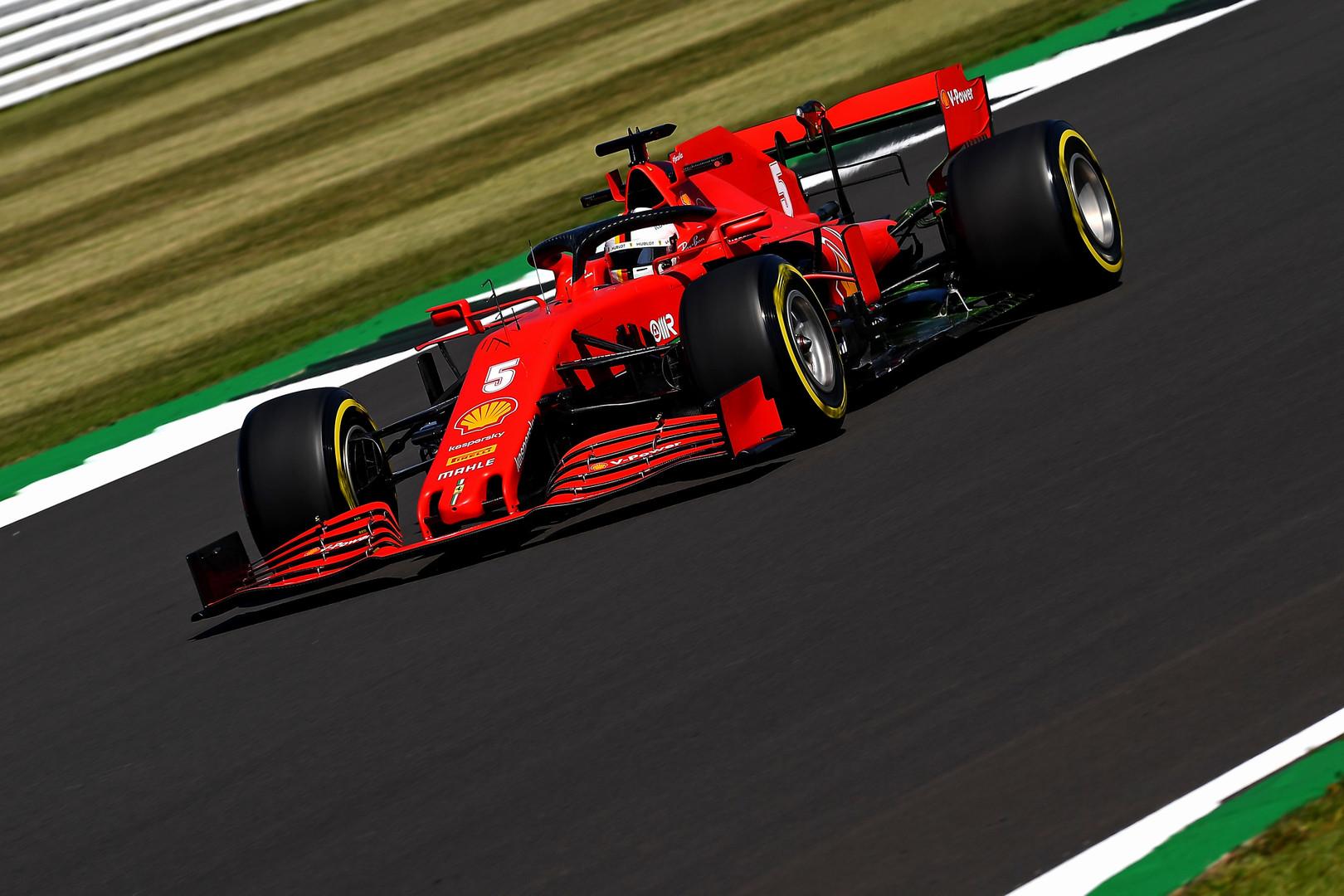 S. Vettelis skundėsi sukibimo stoka