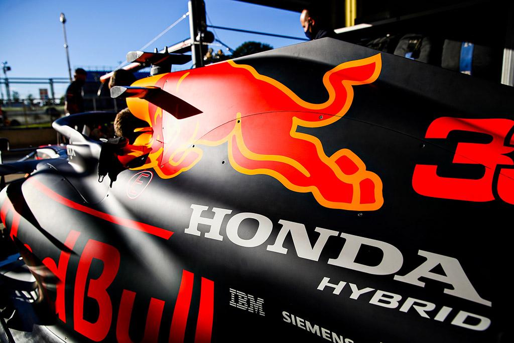 "S. Domenicali ragina komandas pritarti ""Red Bull"" siūlymui"