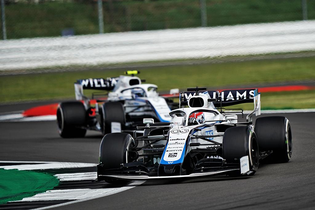 """""""Williams"""" atsisako patvirtinti pilotų porą 2021 m. sezonui"""