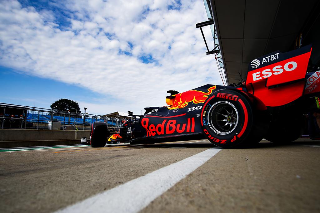 """""""Red Bull"""" ateitis - ant pirmadienį suplanuoto susitikimo stalo"""